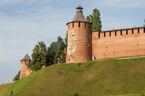 Тайницкая и Ильинская башни Нижегородского кремля