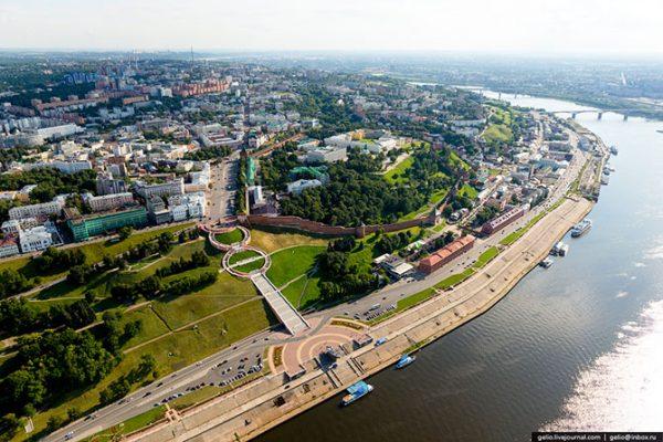 Площадь Минина и Пожарского — главная площадь Нижнего Новгорода.