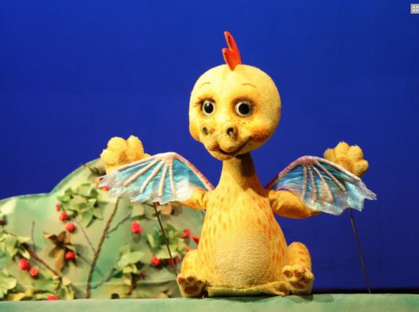 Кукольный спектакль Про маленького дракона