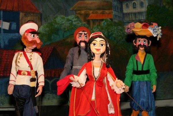 Кукольный спектакль Ханума