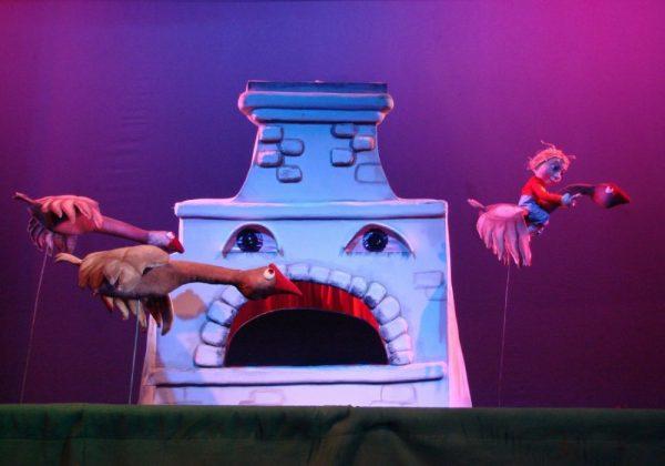 Кукольный спектакль Гуси-лебеди