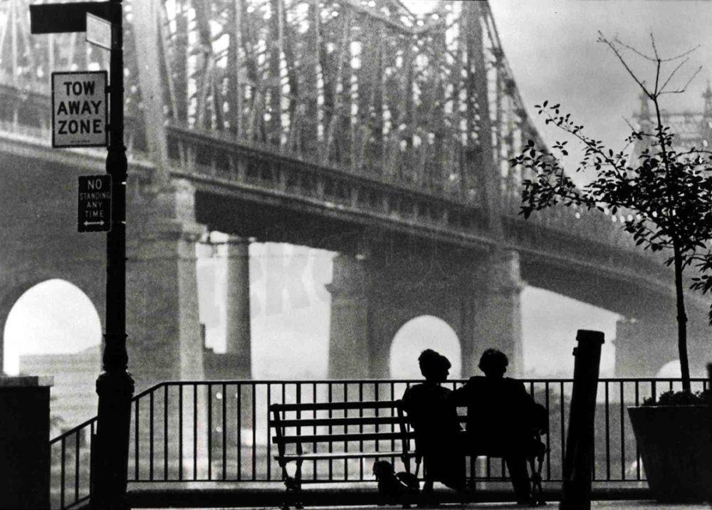 Фильмы которые нельзя не смотреть-Манхеттен