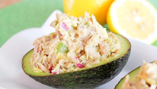 Мастер-класс Салат с тунцом и авокадо
