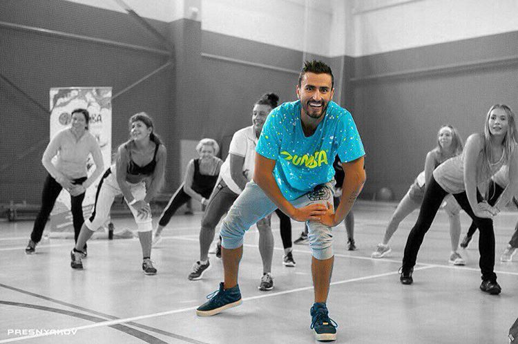 Zumba party в Gold's Fitness