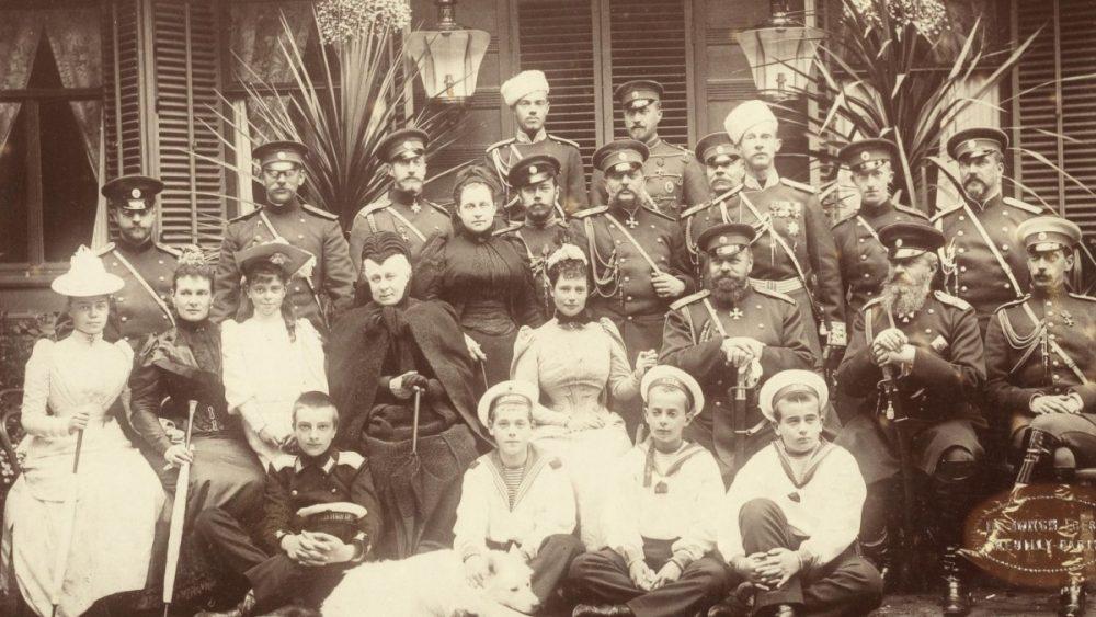 Историко-фотографический проект ЗАЩИТНИКИ ОТЕЧЕСТВА