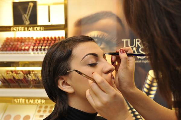 Клиентский день по марке Estee Lauder в РИВ ГОШ