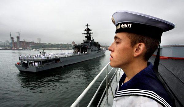 домогательство моряка над школьницей