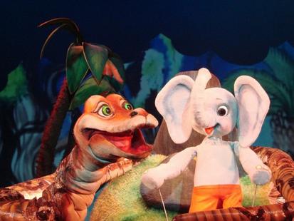 Кукольный спектакль Слоненок