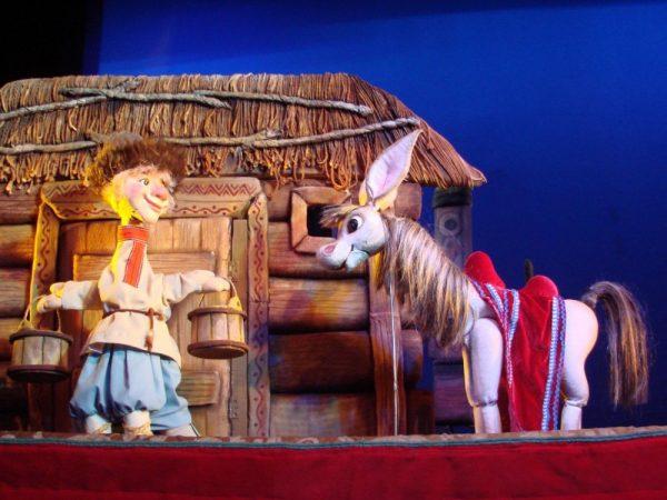 Кукольный спектакль Конек-горбунок