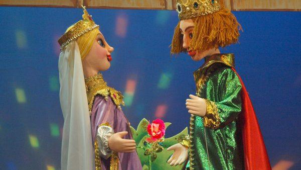 Кукольный спектакль Аленький цветочек