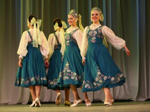 Концерт Народного ансамбля песни и танца имени Анатолия Леванова