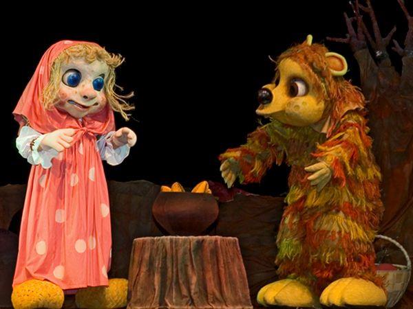Кукольный спектакль Маша и медведь