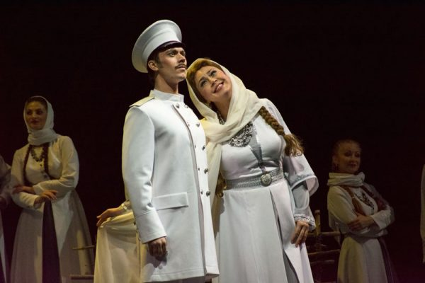 Опера Казаки