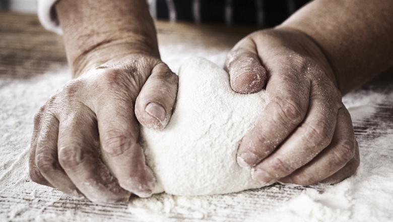 Россиян кормят хлебом из пшеницы для домашнего скота