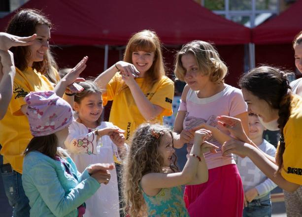 Фестиваль русского жестового языка «Ы»