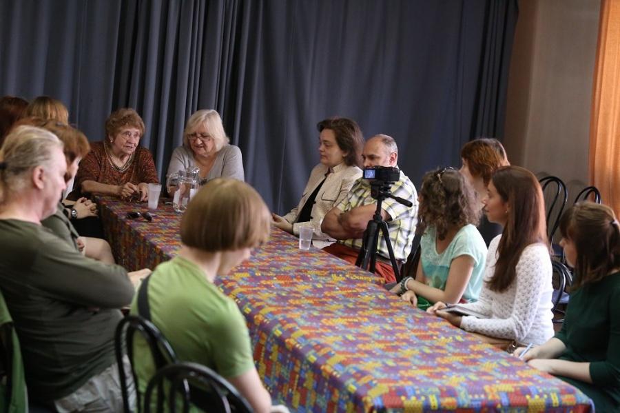 Встреча Театральный перекресток