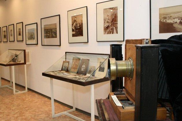 Выставка «Историческая экспозиция, посвященная фотографии»