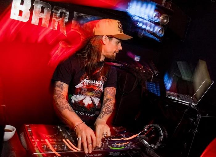 Музыкальный сет DJ & MC Shtephan feat. Drummer Konstantin