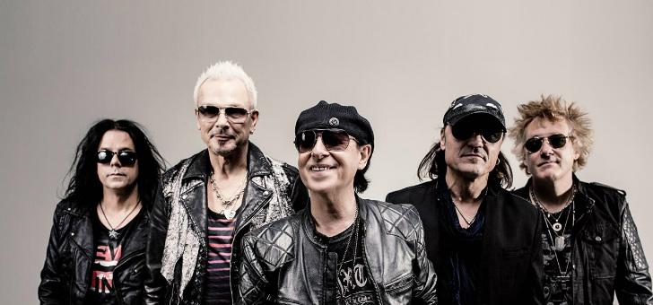 Scorpions пели «Ветер перемен»