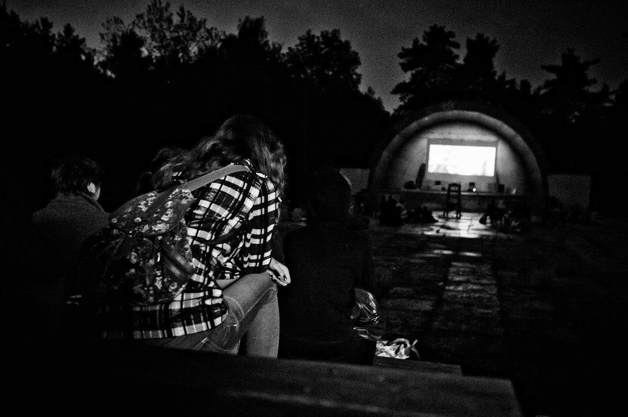 Летний кинотеатр КиноРакушка в Сормовском Парке