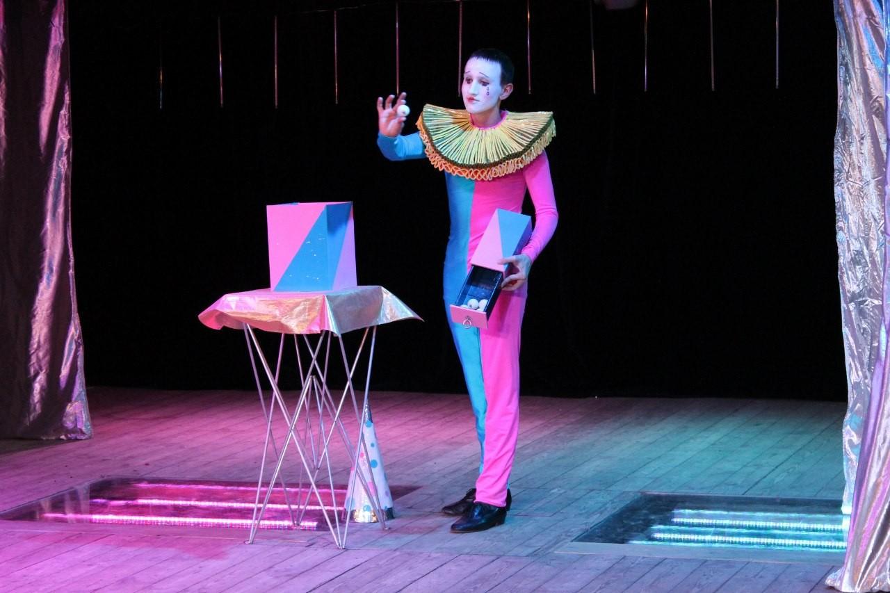 Шоу театра иллюзии «Карнавал магии»