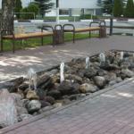 Фонтан возле гостиничного комплекса Ока