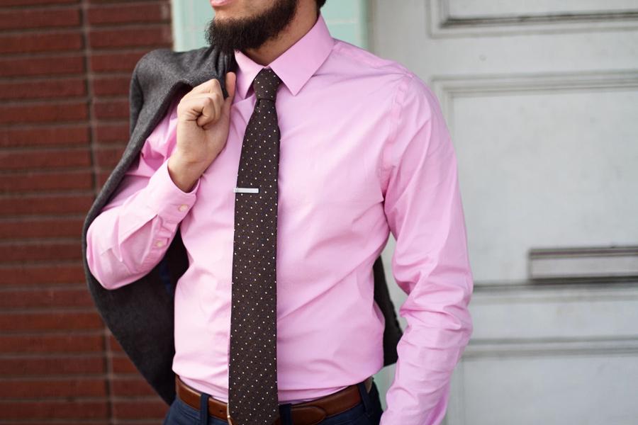 Мужские сорочки и галстуки со скидкой 50%