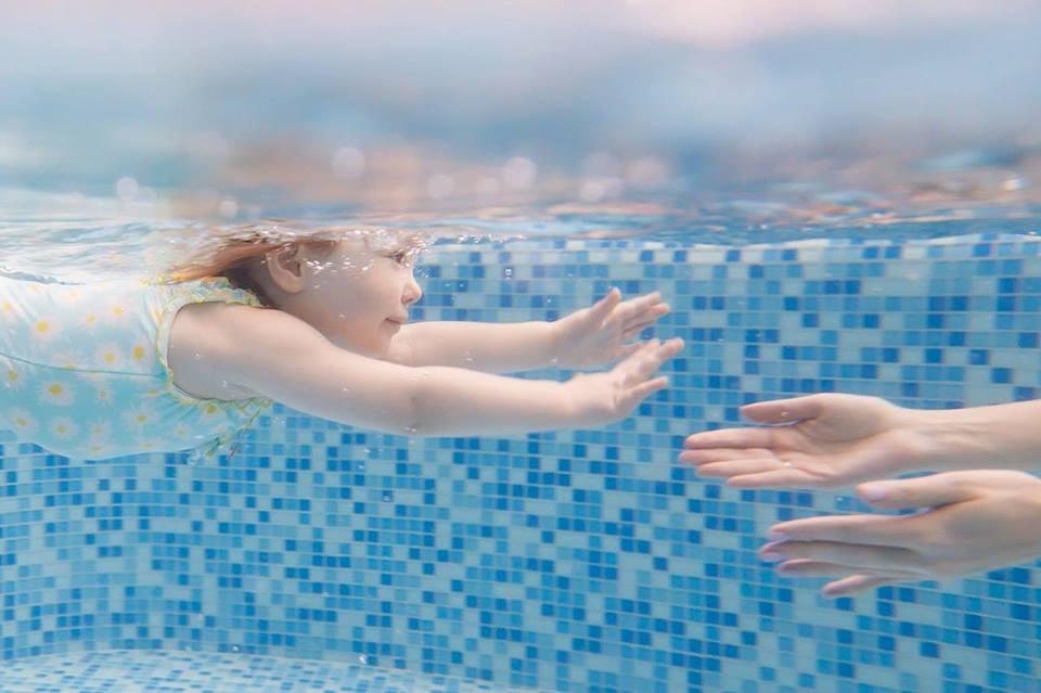 Соревнования по грудничковому плаванию