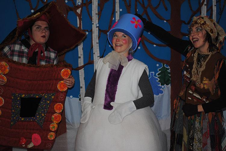 Новогодний спектакль Как Снеговичок к Новому году готовился