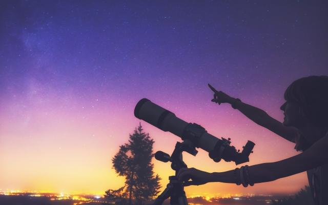 Наблюдения в телескоп (при ясной погоде). Вифлеемская звезда