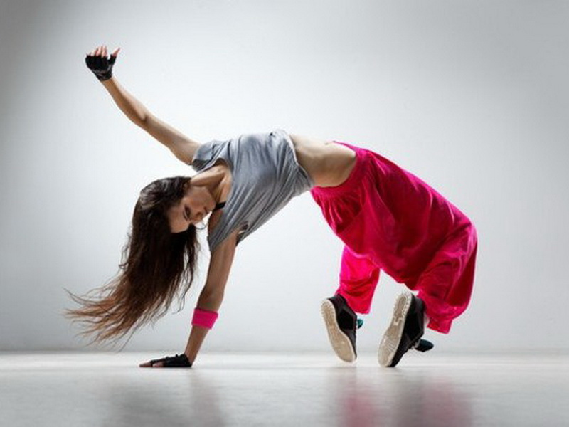 Открытые бесплатные уроки в школе танцев dancing company
