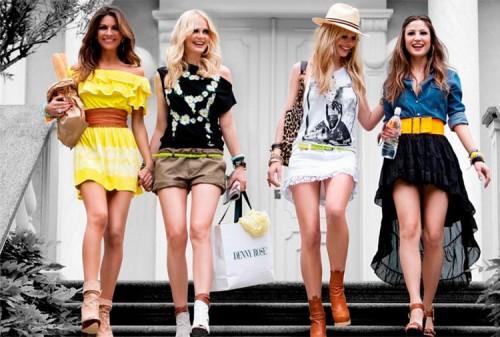 Скидка 50% на летний ассортимент одежды