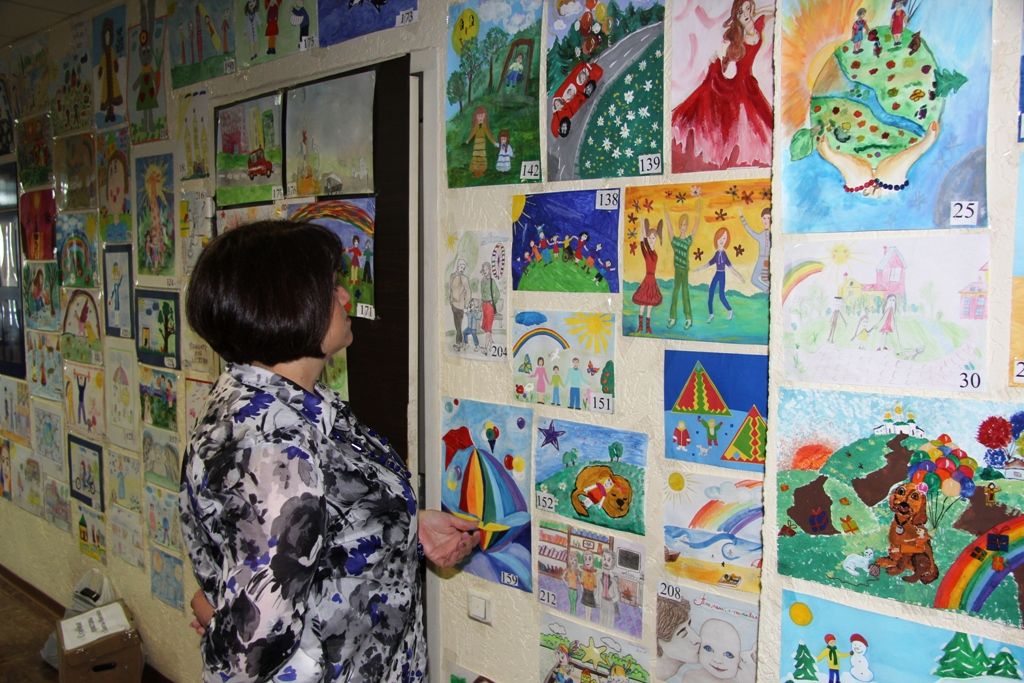 выставка Детская школа искусств № 1 – Вчера, сегодня, завтра