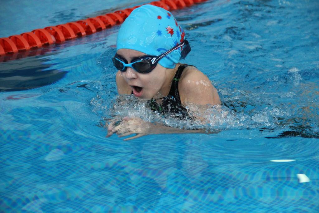 соревнования по плаванию для детей «Чемпион»!