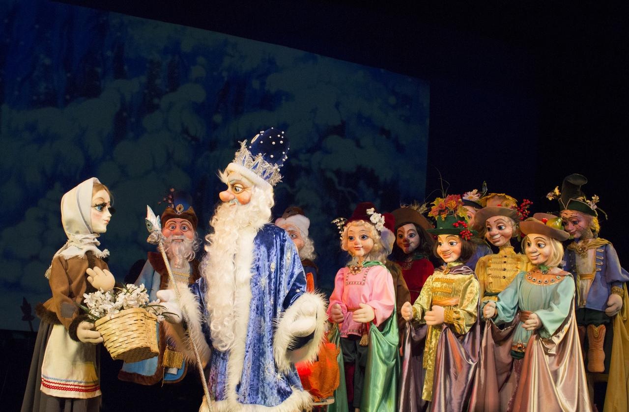 Кукольный спектакль Двенадцать месяцев премьера