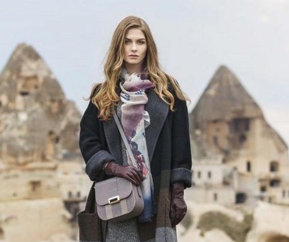 Скидки до 50% на женские сумки из натуральной кожи