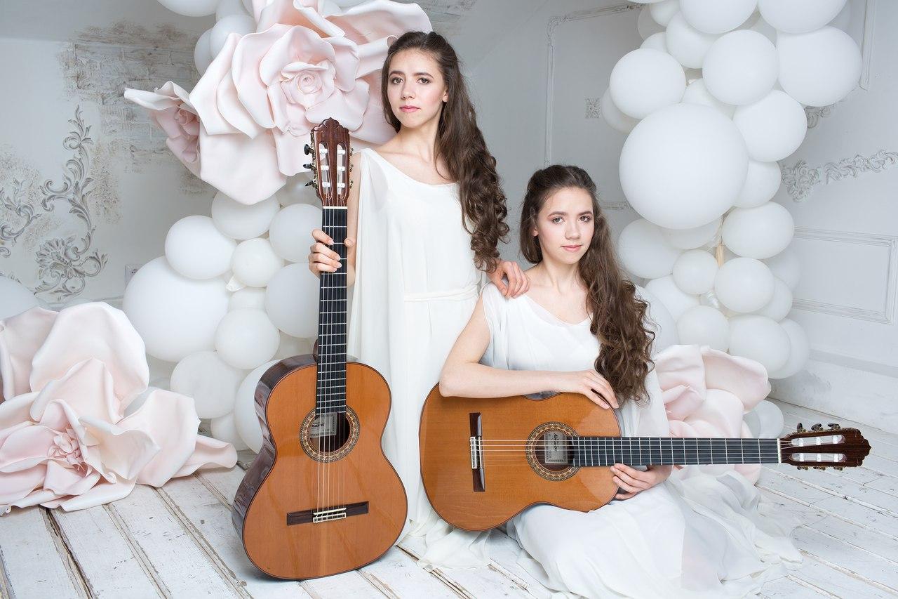 Концерт дуэта сестёр Ангеловых «Два крыла»