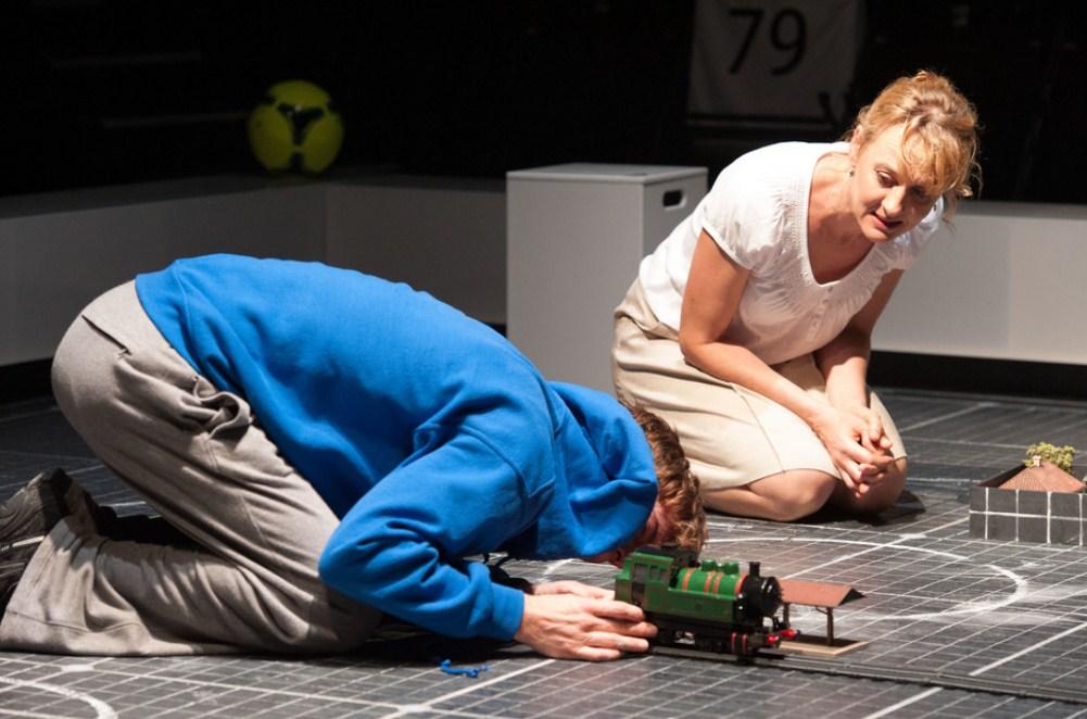 TheatreHD: Загадочное ночное убийство собаки