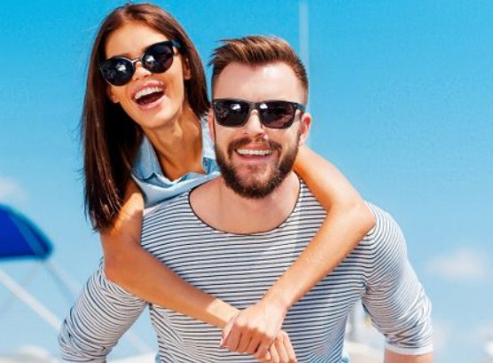Солнцезащитные очки со скидками до 50%