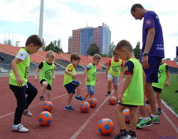 бесплатные тренировки для детей по футболу