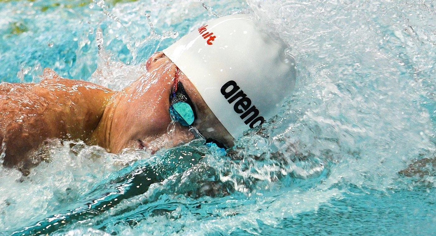 соревнования по плаванию среди мужчин, 50 метров вольным стилем.