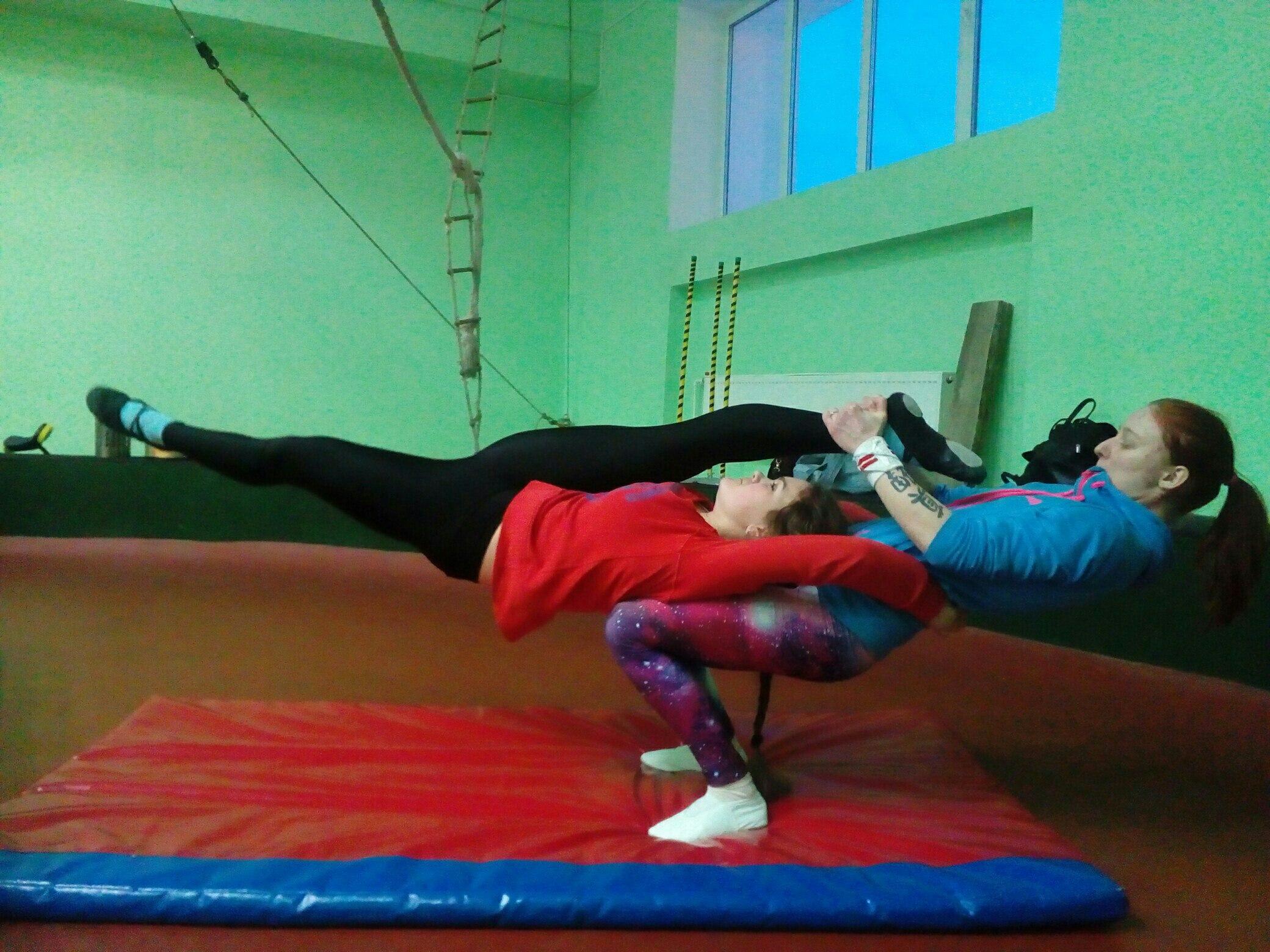 Открытое занятие по акробатике (нач. уровень)!