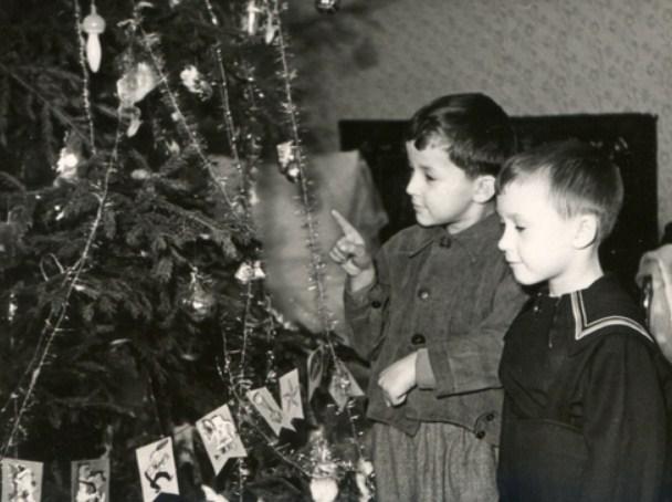 Выставка «Черно-белый Новый год»