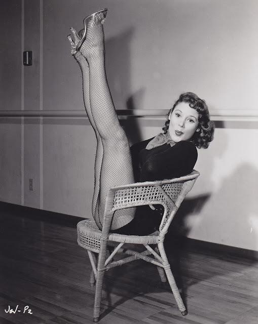 16. Jill St John - c.1957