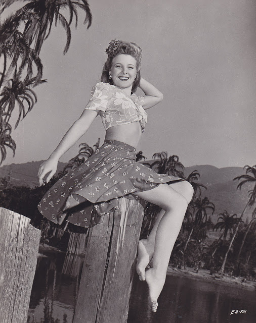 23. Evelyn Ankers - c.1944
