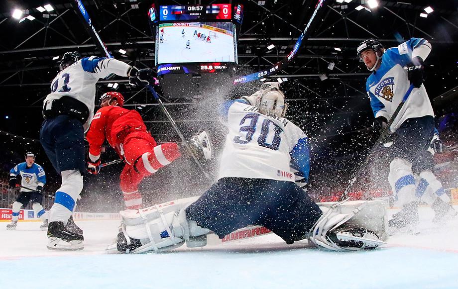 к чемпионату мира по хоккею с шайбой.