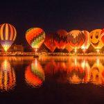 ночное свечение шаров на Нижегородской ярмарке