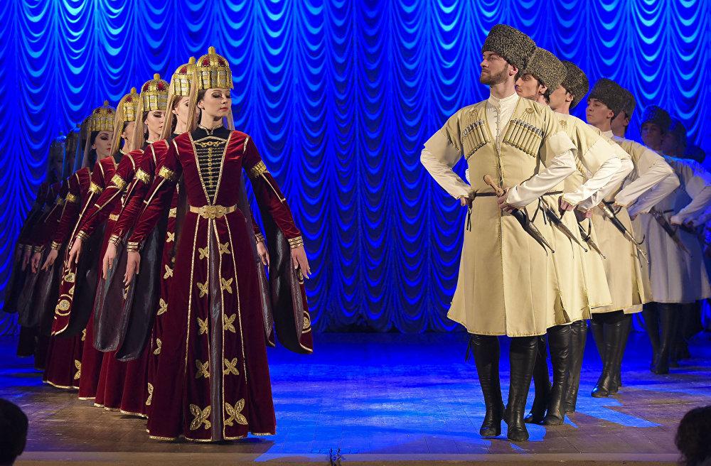 концерт народного танца Адыгеи Нальмэс
