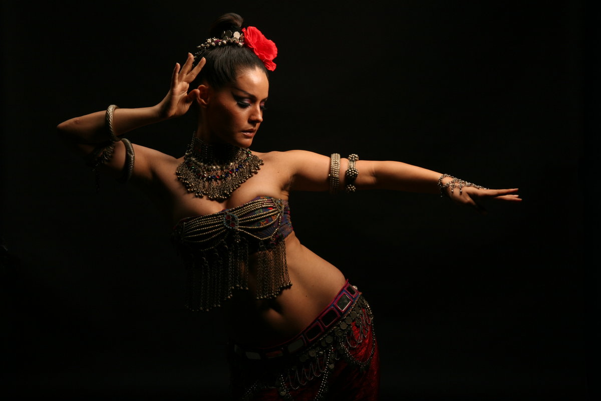 BellyDance от GOLD'S FITNESS